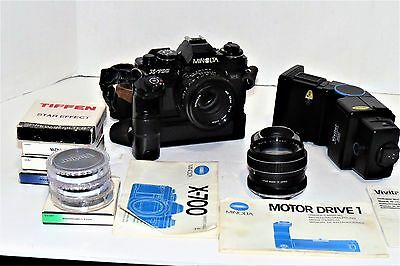 Vintage Minolta X-700 **Bundle** Excellent Condition