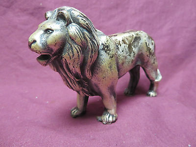 VINTAGE ANTIQUE SOLID HEAVY METAL DETAILED LION FIGURINE,STATUE,paper weight