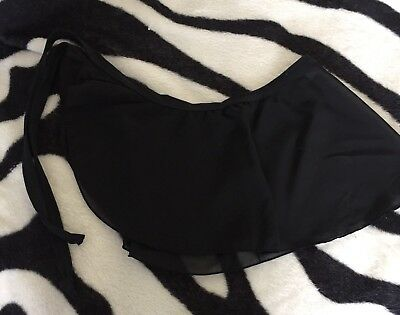 Girls size 8 Black Dance Gym Hooded Wrap Skirt NEW Great Style Feels Comfortable