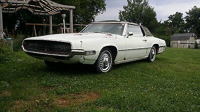 1968 Ford Thunderbird  1968 429 t bird