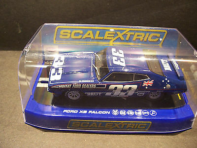 slot cars 1/32 scalextric ford xb moffat broken clear display case