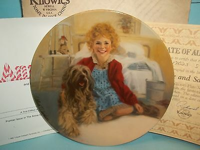 Edwin M Knowles William Chambers Annie & Sandy Plate with Original Box & Papers