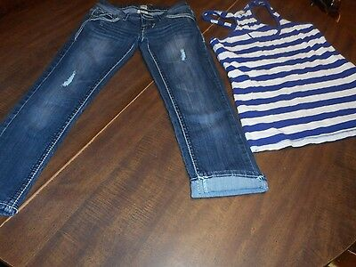 H2J Capri pant size o , top is a size small, American Eagle