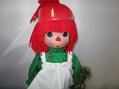 """Precious Moments Holiday Raggedy Ann 13"""" Doll  NEW with Christmas Wreath"""