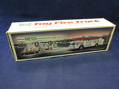 1989 Hess Gasoline Toy Fire Truck Bank w/ Lights