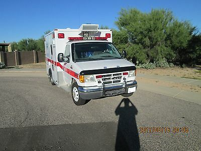 2004 Ford Ambulance 36000 Miles Prestine Condition