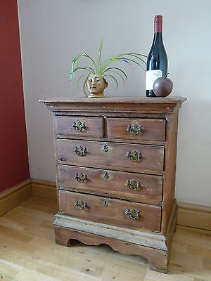 Vintage Apprentice piece - Chest of drawers