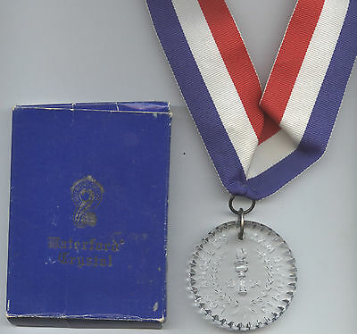Orig.remembrance medal  Olympic Games LOS ANGLES 1984 - Crystal Glass  !! RARITY