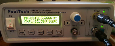 Feeltech FY3200S signal wave generator /counter