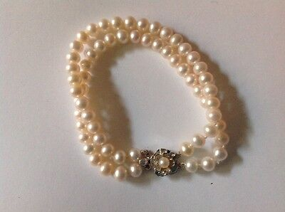 Double strand pearl bracelet with beautiful clasp