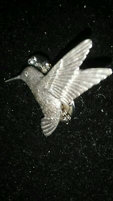 Signed  GG Harris Hummingbird Pewter Lapel Hat Vest Pin