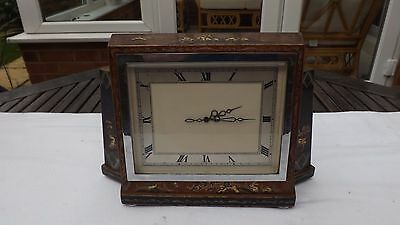 Nice Quality 1920S Chinoiserie Decorated Mantel Clock