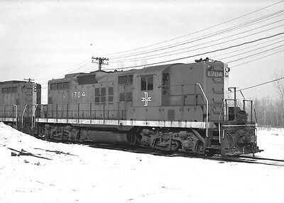 Original 2 1/4 x 3 1/4 B&W Negative ~ Boston & Maine #1704  GP9