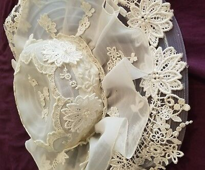 vintage wedding dress and hat in Foster-Stephens box