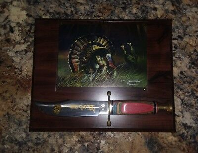 Wild Turkey Hunter Wood Plaque with Engraved Knife