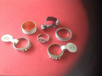A VERY Nice Mixed Collection of Ladies Rings, various Sizes in Lovey condition