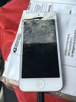 iPhone 5 Broken