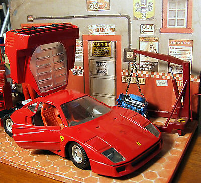 2D Diorama + Ferrari F40 + bonus 10 garage posters  die cast model car 1/24