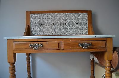 Stunning marble topped Victorian style washstand