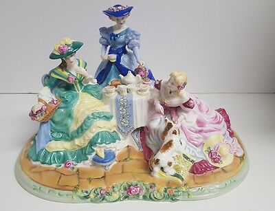 Royal Doulton Rose Garden HN4559