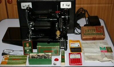 Singer Featherweight 222K Free-Arm Sewing Machine Serviced Excellent Condition