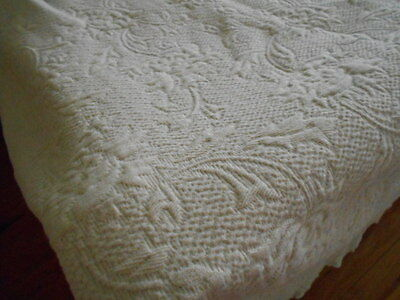Light Sage Green Cotton bedspread coverlet Matelassé Queen size made in Portugal