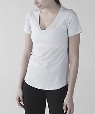 LULULEMON ATHLETICA White Vitasea Short Sleeve V Top/ Shirt size 10-12 LARGE