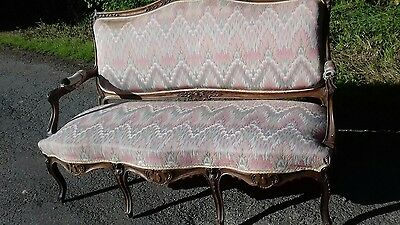 Beautiful 6 Legged Antique French Carved Frame Chaise Longue Horsehair Filled