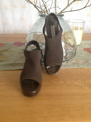 Donald J Pliner for Russell and Bromley Brown Sling back Shoes Size US 6.5 UK 4