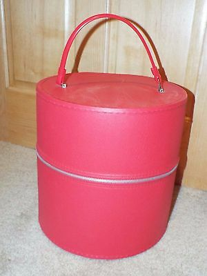 Vintage Red Wig Hat Case Box Retro Mod Travel Train Tote Round Zippered Carrier