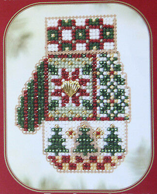 Christmas Mitten - Beaded Christmas Tree Ornament to make