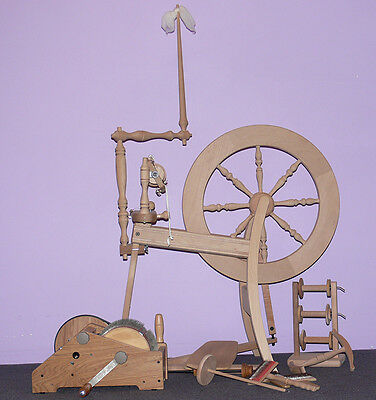 Spinning Wheel Ashford Traditional As New Includes Accessories
