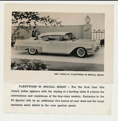 1957 CADILLAC FLEETWOOD 60 SPECIAL SEDAN original vintage promotional CAR photo