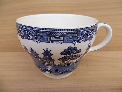Vintage Old English Blue Willow Tea Cup, (G88)