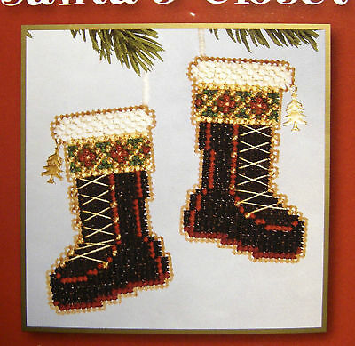 Santa's Boots - Beaded Christmas Tree Ornament to make
