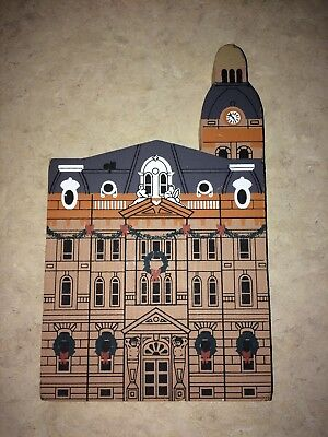 Cats Meow Village 1992 Waynes County Court House Retired Limited Edition