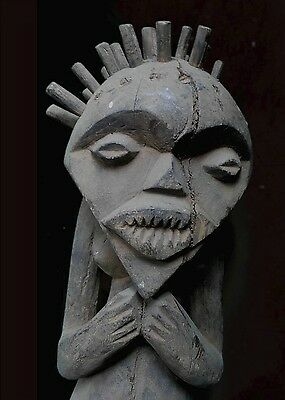 Old Tribal Mambilla Figure Africa HAT002