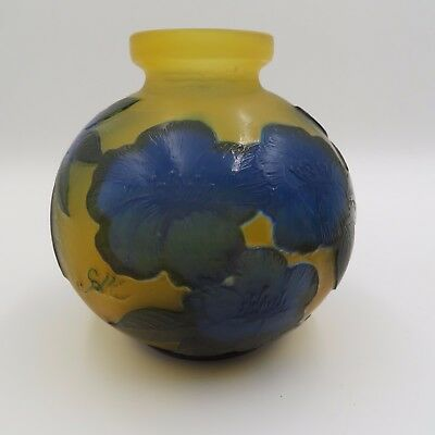 Gorgeous Signed Galle Cameo Vase With Deep Blue Flowers & Leaves 5 3/8""