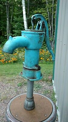 Vintage Blue Hand Water Well Pump Deco Garden Pond Yard Art Display Parts Repair