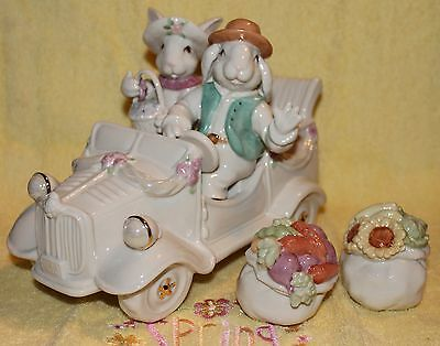 Lenox Bunny Car Figurine with salt & pepper shakers NIB & ready for Easter