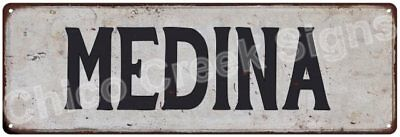 MEDINA Vintage Look Rustic Metal Sign Shabby Chic Family Name 6186540