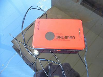 sony retro red AM FM walkman WM-BF 22
