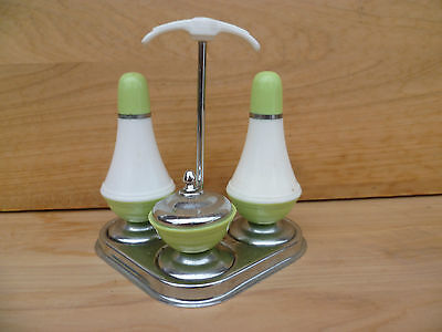 Vintage Old Retro Salt & Peppers On Stand (954)