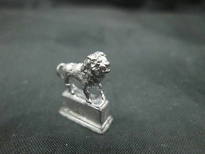 Dollhouse Miniature Unfinished Metal 1/24th  Scale Lion