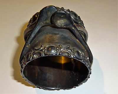 Antique Figural Double Wishbone Silverplate Napkin Ring Meriden R&B Wilcox N/RSV
