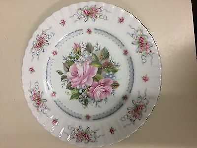 "ROYAL ALBERT COLLECTOR PLATE ""HAPPY BIRTHDAY"" 1st Edition"