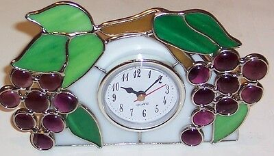 Purple Grapes With Leaves  Stained Glass Clock [9018-16]