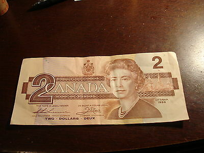 1986 - Bank of Canada $2 note - two dollar bill - BUD7367893