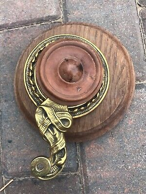 Victorian Butlers / Servants Brass Bell Pull With Wooden Fitting - B
