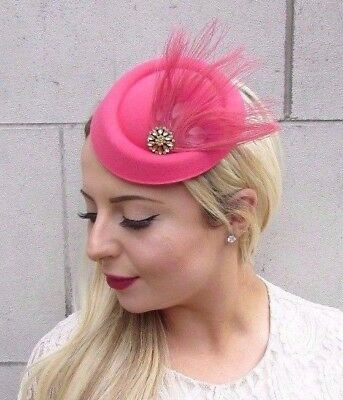 6088867fab5 Raspberry Pink Gold Feather Pillbox Hat Hair Fascinator Races Wedding Vtg  3809